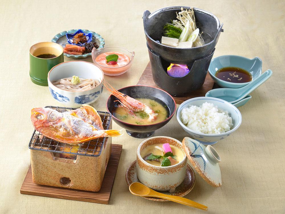 【朝食付】1日の始まりは朝食から!地元食材を生かした和朝食