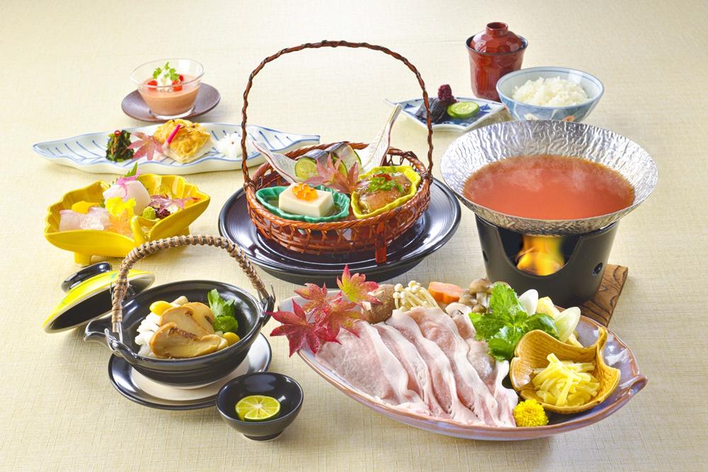 【夕食・朝食付】(飲み放題付)ひょうご雪姫ポーク  和風トマト鍋会席|11月まで