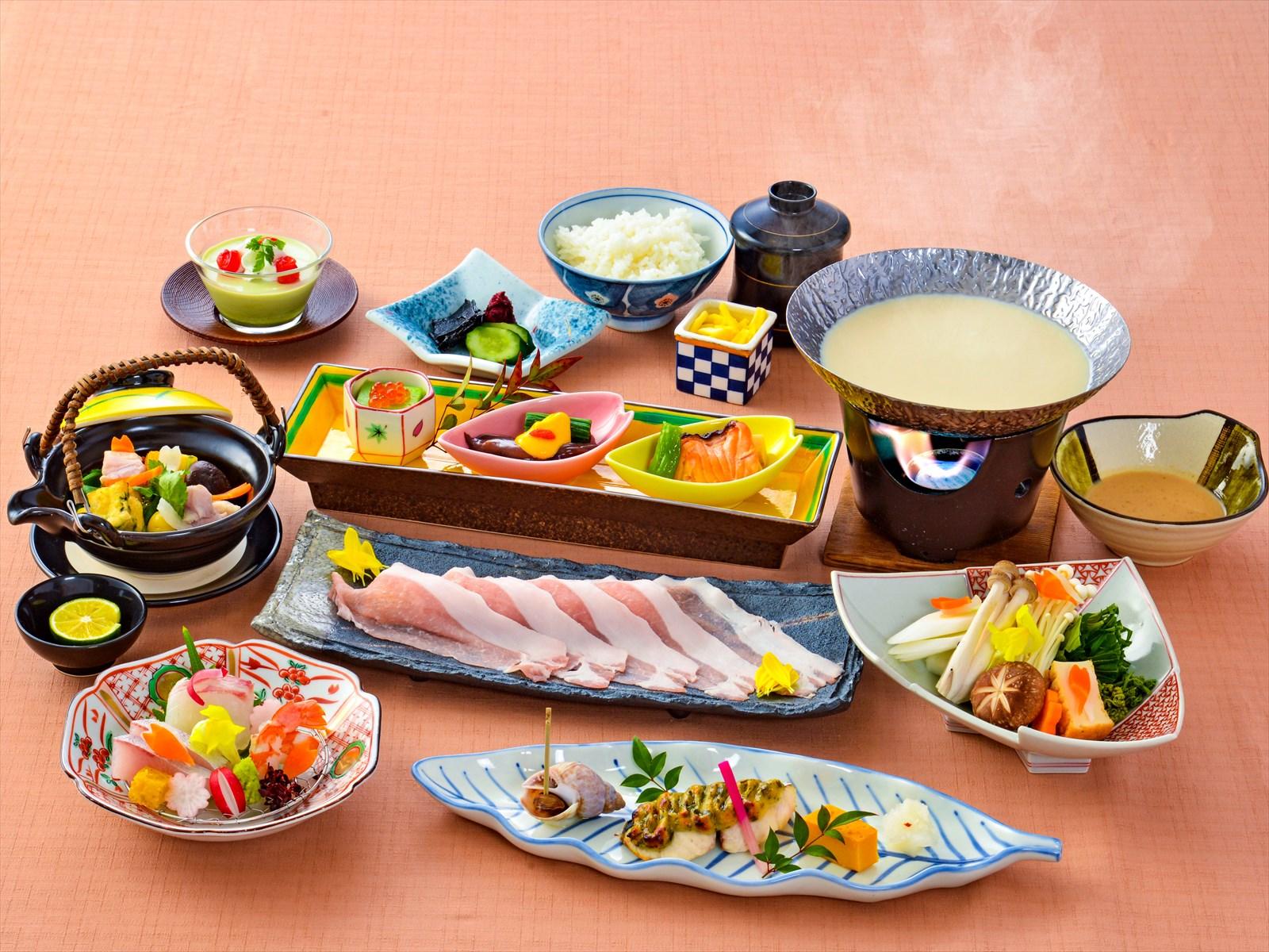 【夕食・朝食付】(飲み放題付)料理長特製の豆乳塩麹鍋会席|5月まで