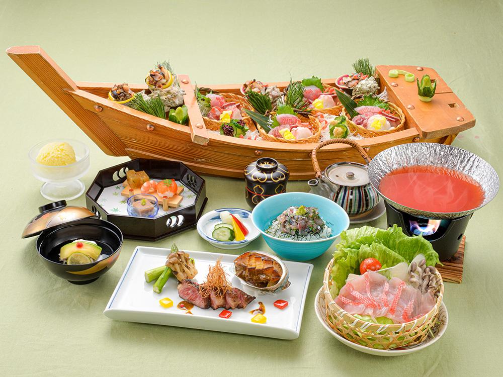 【夕食・朝食付】鮑に大倉和牛に金目鯛…まさに美食家のためのコース 特選会席|8月まで