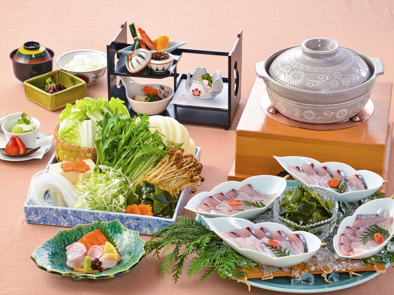 【夕食・朝食付】(飲み放題付)春を感じる桜鯛の海鮮しゃぶしゃぶ御膳 5月まで
