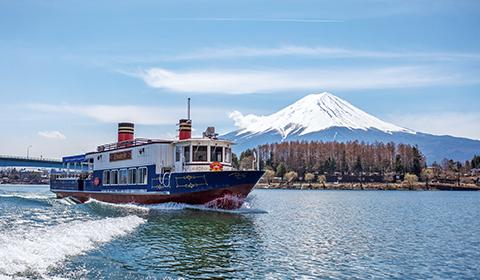 河口湖遊覧船 アンソレイユ号