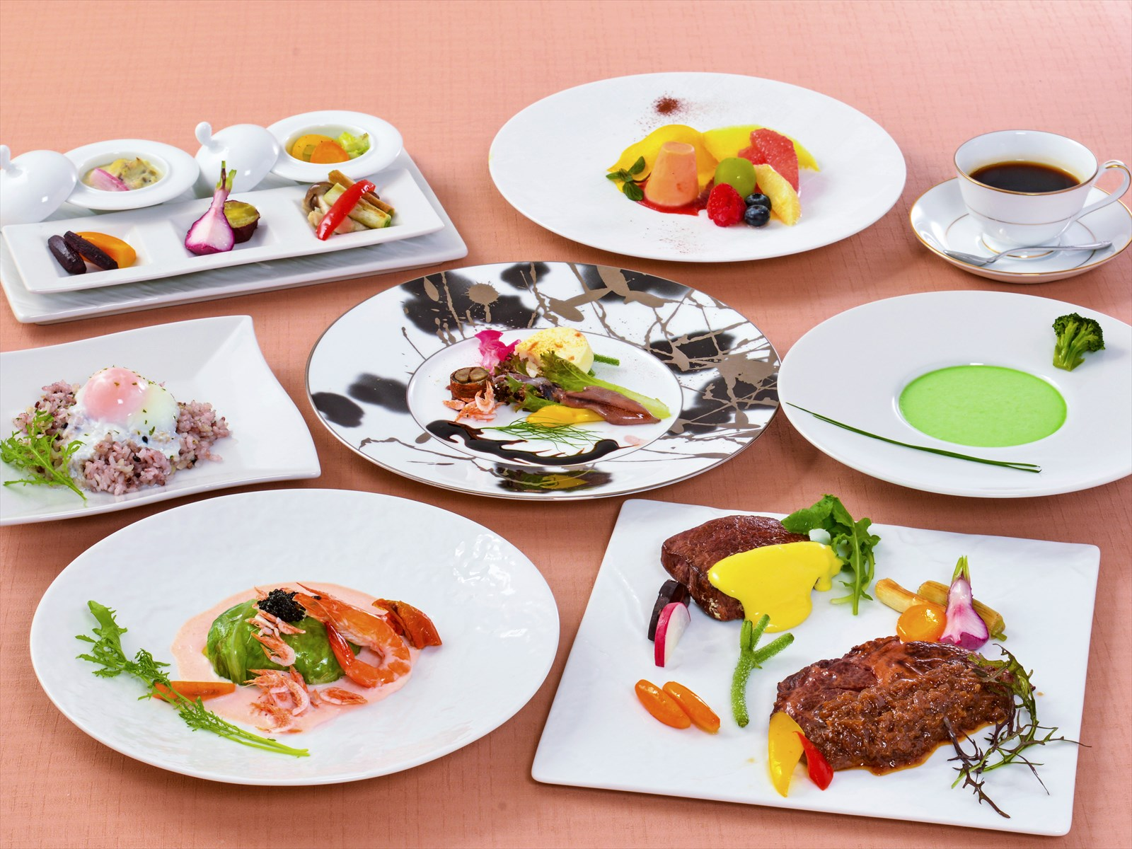 【夕食・朝食付】和牛フィレ肉のオランデーズと和牛ロースのシャリアピンの特撰コース|5月まで