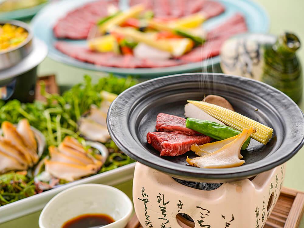 【夕食・朝食付】近江牛と鮑の陶板焼きおすすめ御膳|8月まで