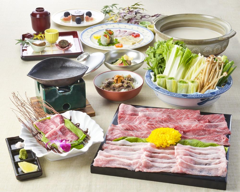 【夕食・朝食付】(飲み放題付)『秋の和牛会席』京都牛と京都高原豚を使ったお肉尽くしの会席|11月まで