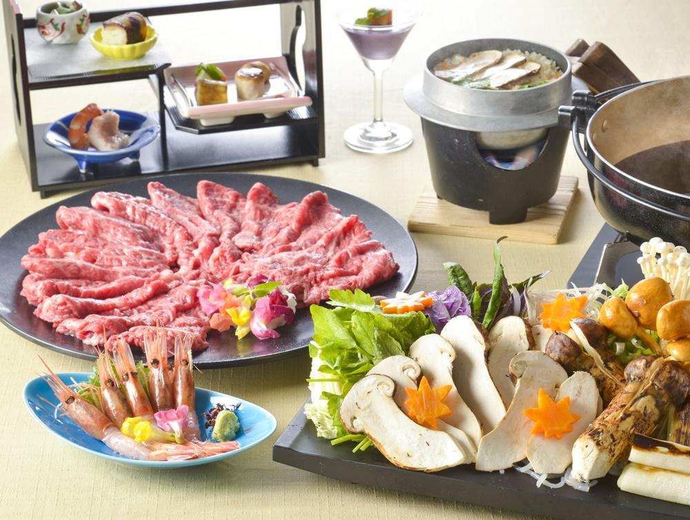 【夕食・朝食付】松茸と和牛のすき焼き特撰御膳(甘海老お造り付)11月まで