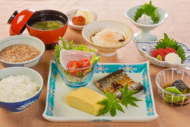 【朝食付】灰干しさんま栄養たっぷり和朝食 マグロ付き